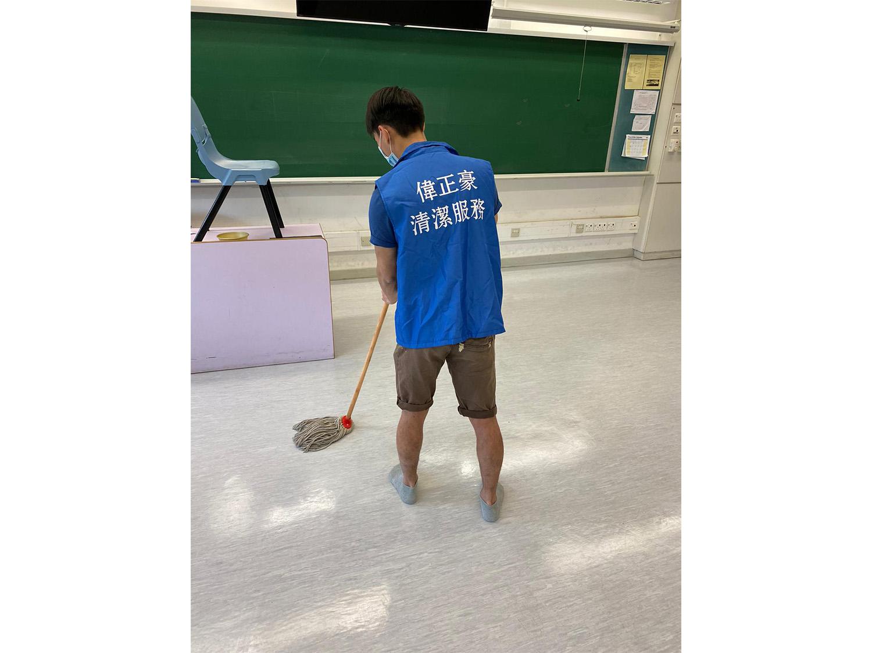 中學清潔、消毒、洗地打蠟6